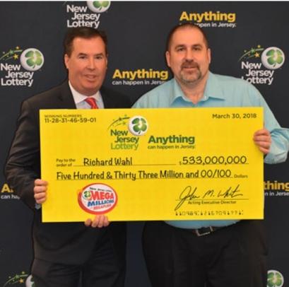 ¡El ganador de $ 533 millones en los Mega Millions reclama su premio!